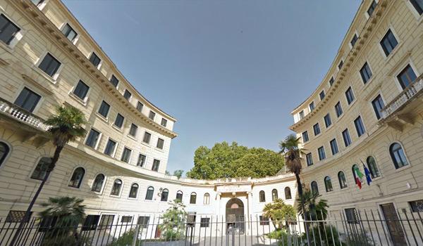 北京外国语大学罗马美术学院来华面试项目